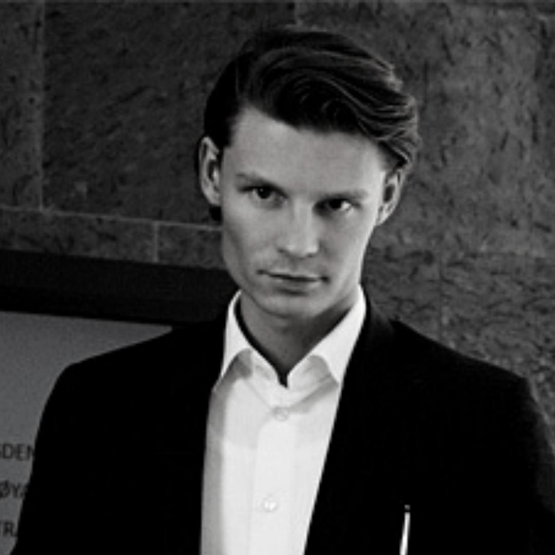 Daniel Storløs, Enevo